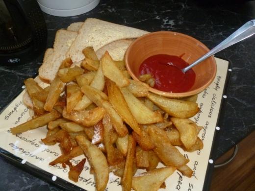 tomato sauce, bread....
